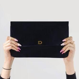 Juste splendide !   #pochette #Delvaux #OnAime #fripari #mode #enligne #acheter